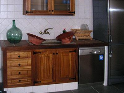 Fotos de muebles de cocina rusticos elegant fotos de for Muebles de madera rusticos para cocina